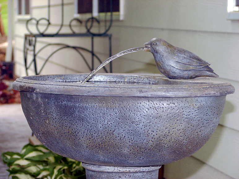 Here's a bird bath at my in-laws' (252.17 KB)